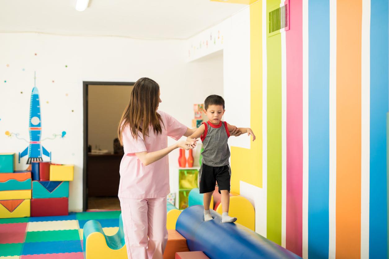 Fondation des Hospices civils de Lyon : construction du pavillon des enfants